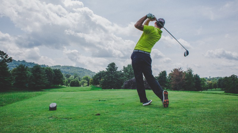 teeing your ball to the perfect height can be key to a great drive