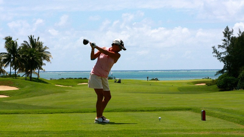 easy golf swing tips to improve your drive