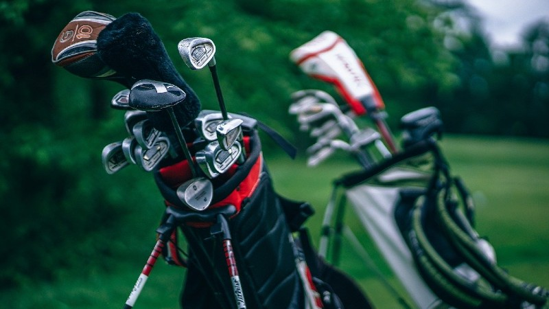 Hybrid club - Pros and Cons of a Hybrid Golf Club: Should You Be Using Them?