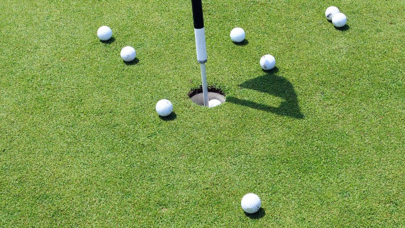 design Putting Drills at Home to help your game